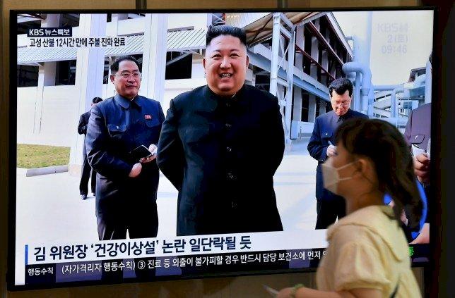 Kim Jong Un makes surprise public appearance to quash death rumours
