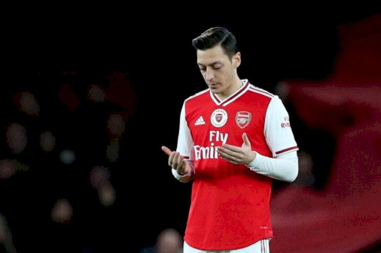 Arsenal accused of discrimination
