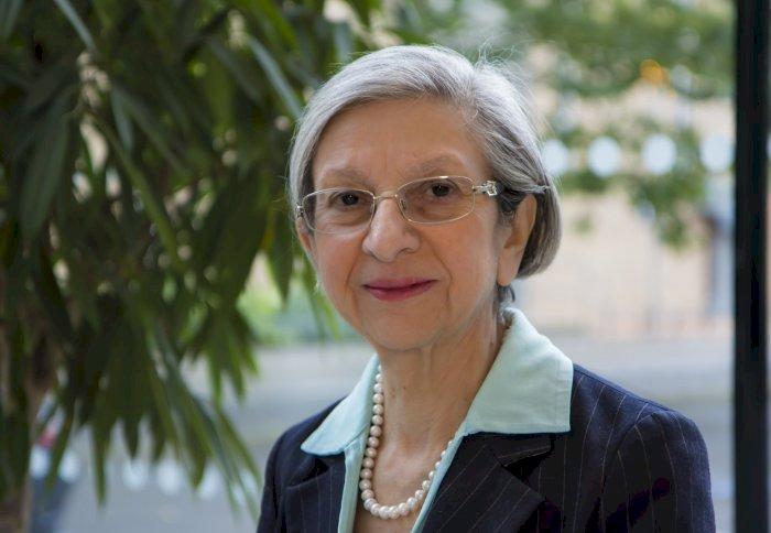 TC Professor Ten Feizi becomes a Royal Fellow